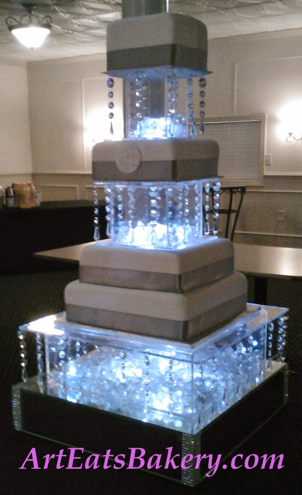 Modern Square Wedding Cake Stands