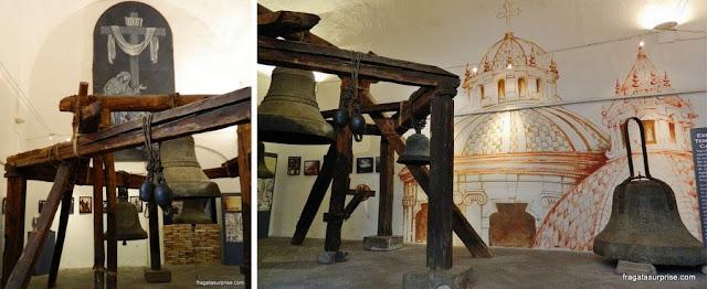 Sinos da  Igreja dos Jesuítas - La Compañia, Quito