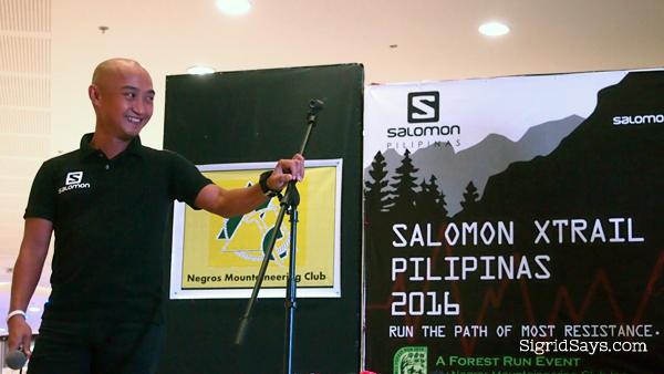 Salomon trail runner