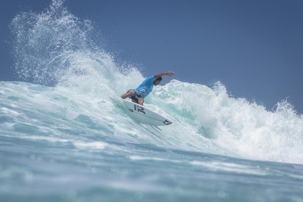 15 Gony Zubizarreta ESP Martinique Surf Pro foto WSL Poullenot Aquashot