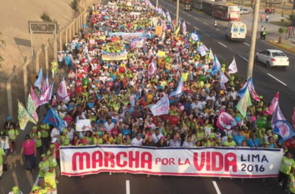 Mracha por al vida y contra el aborto en Perú
