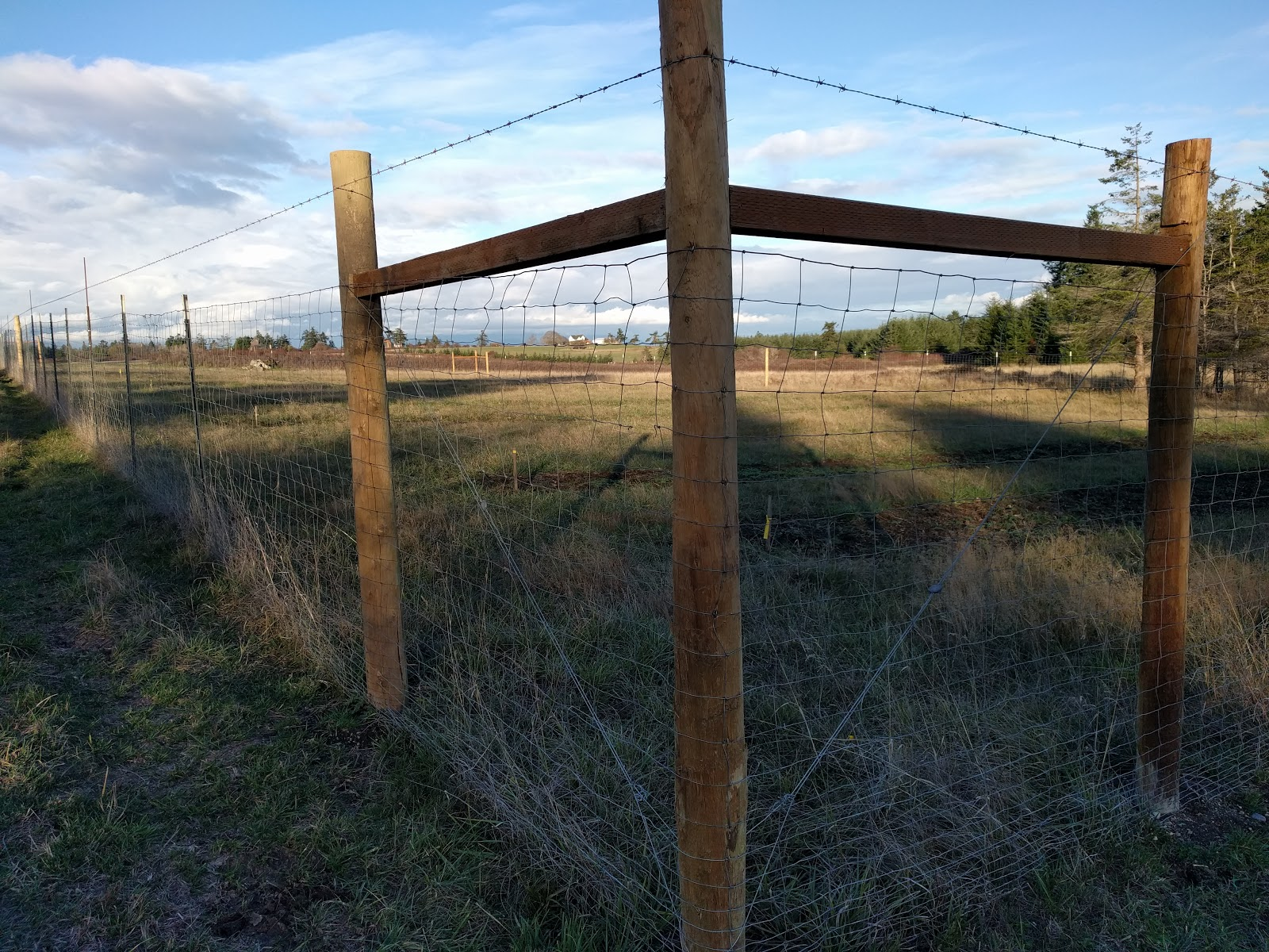 Copyright 169 2014 daniels custom fences decks amp construction - Frazer Homestead Preserve 55 Acres That Went Up For Lease This Past Year