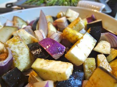TC 狂熱: 烤茄子葡萄酒醋蔾麥沙拉 Roasted Balsamic Eggplant & Sweet Potato Quinoa Salad
