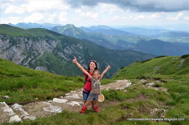 """Góry z dzieckiem- Górska Odznaka Turystyczna """"W góry"""""""