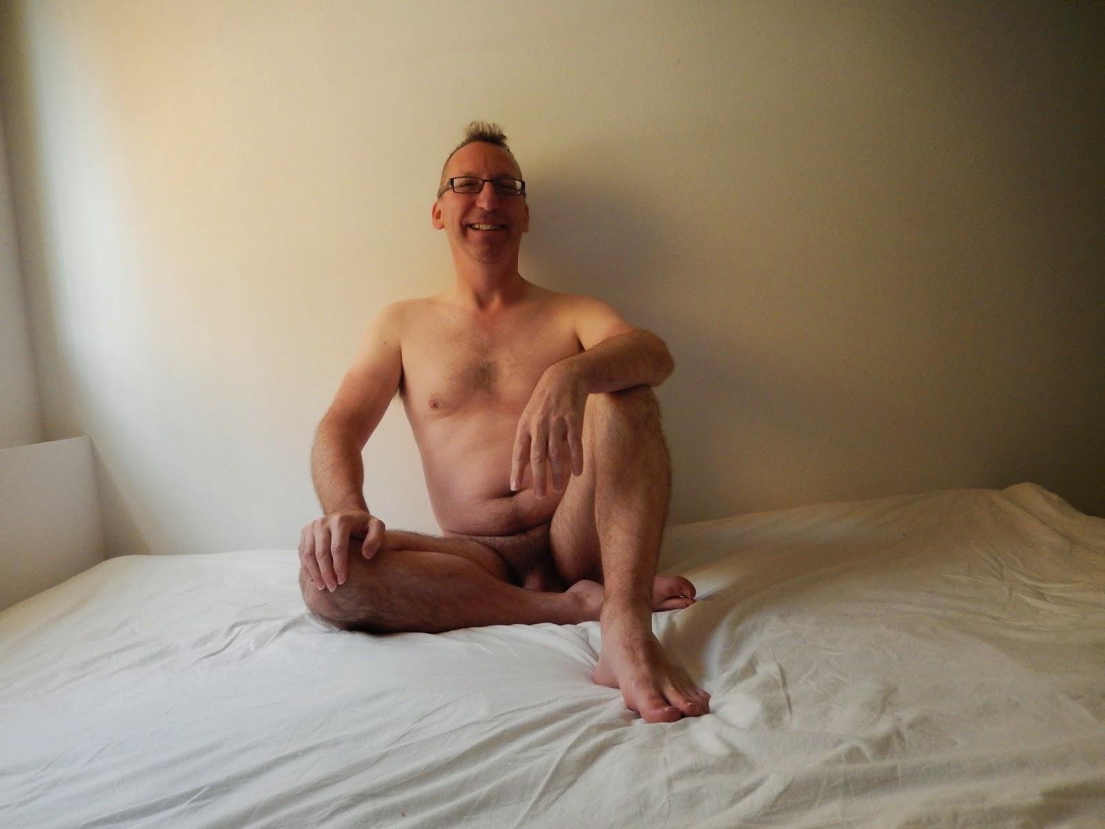 lesbians seduce through massage