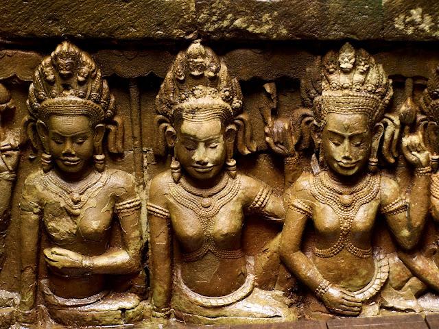 Esculturas de la terraza del rey leproso