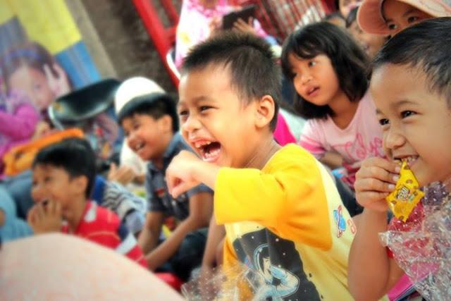 Kak Ojan Pendongeng di Launching Tiki Taka