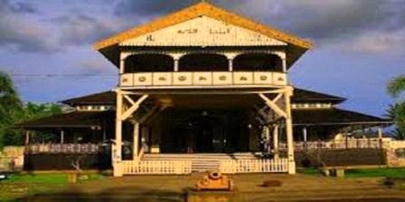 Istana Kesultanan Kadariah istana kesultanan kadariah pontianak alamat istana kesultanan kadariah pontianak