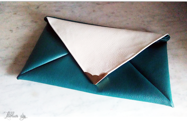 DIY -Pouch -green- white -leather - pochette -simili cuir- blanc vert