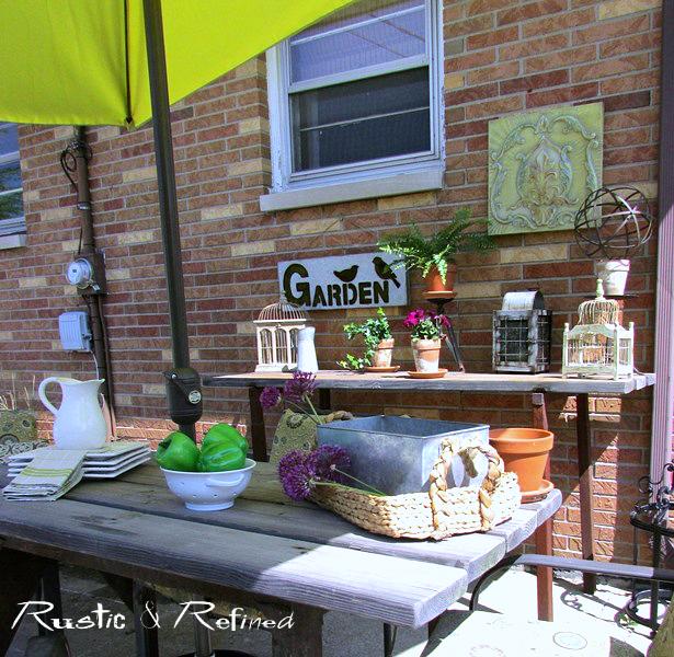 Backyard patio decor for spring