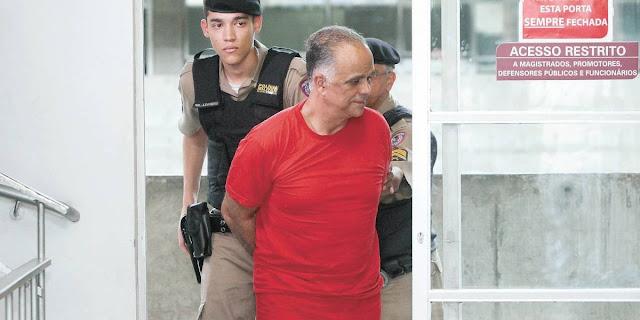 Condenado no mensalão, Marcos Valério se casa dentro da cadeia