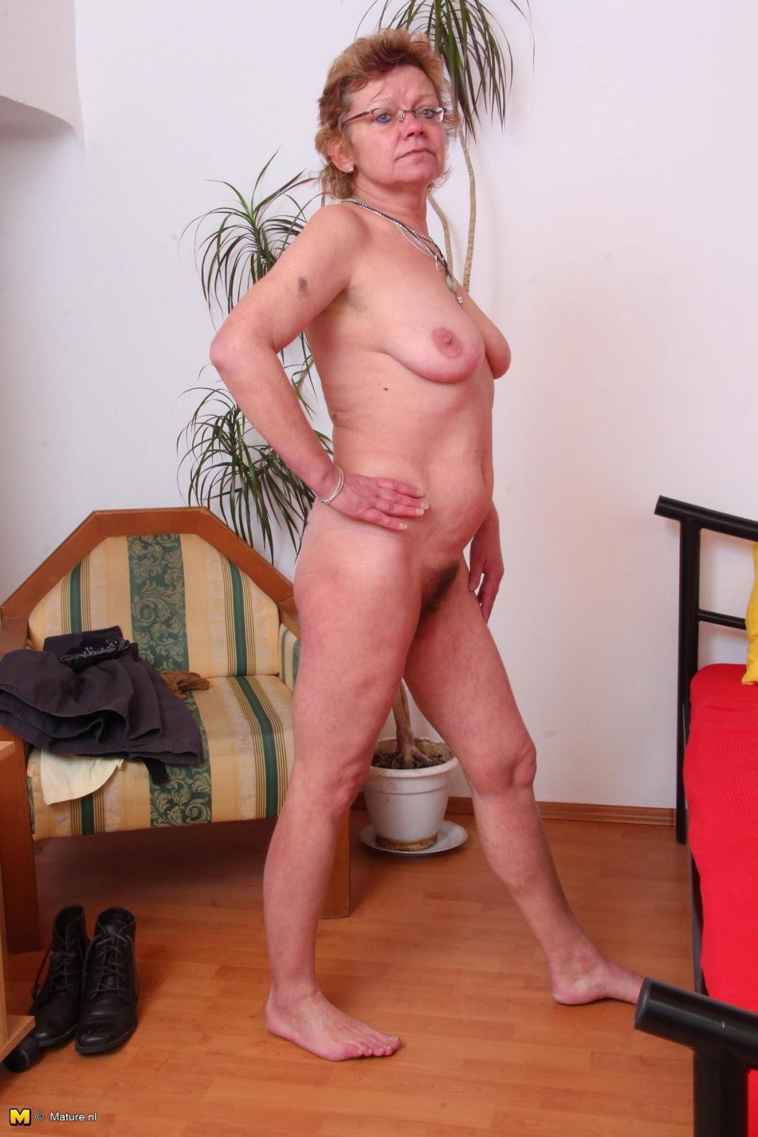 Brantford nude girls