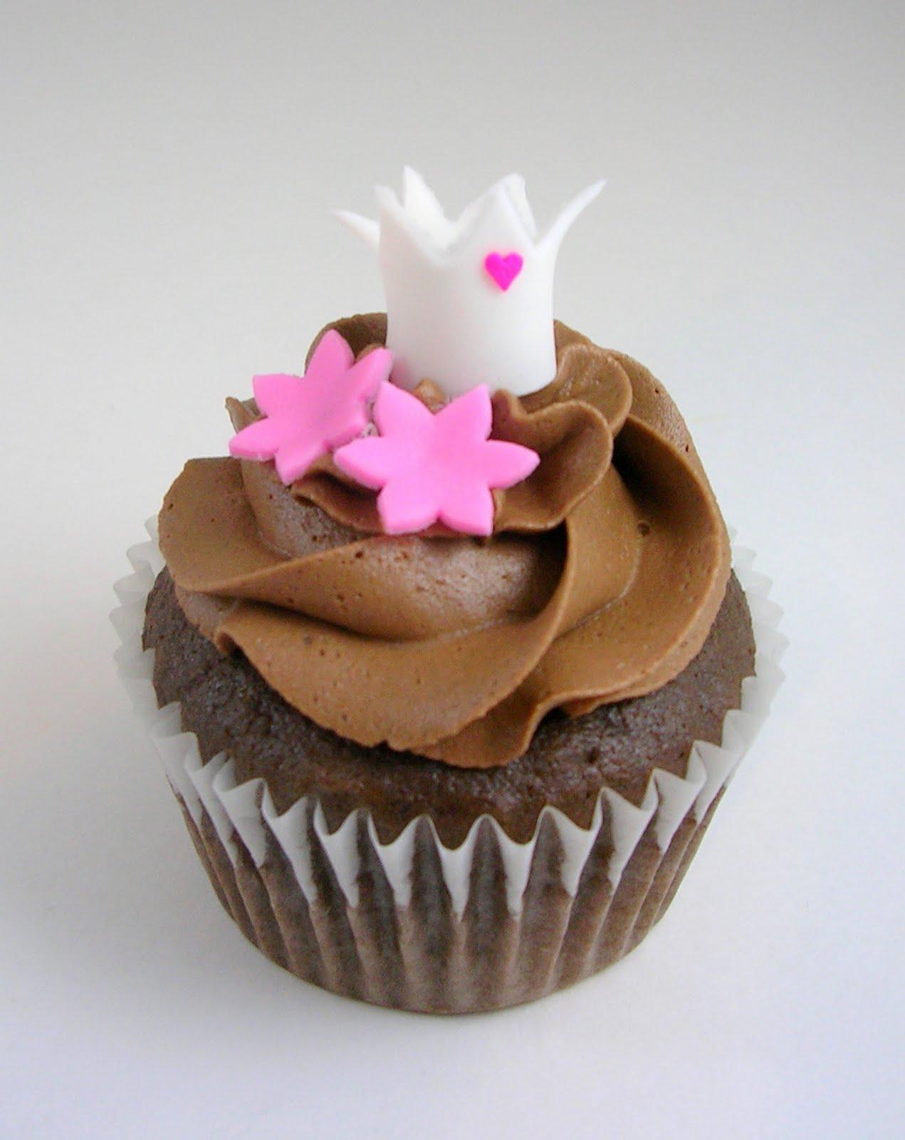 Chocolate Princess Birthday Cupcakes