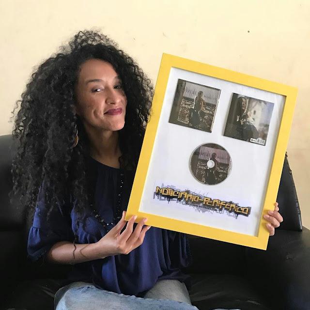 Yzalú recebe prêmio no dia internacional das mulheres
