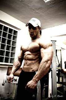 Bodyspace Junction: French bodybuilder Yohan Kangni