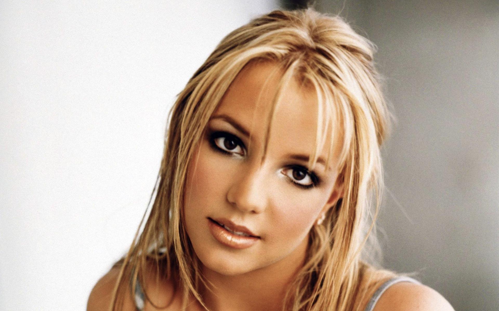 Britney Spears High Resolution