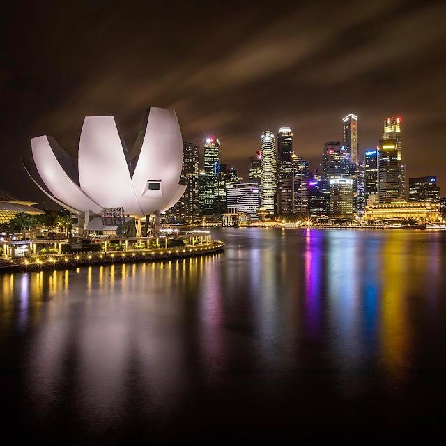 Enjoy Night at Marina Bay Sands KU DE TA