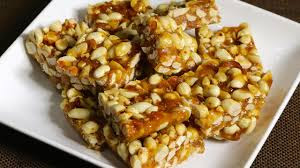 peanut chikki with jaggery recipe in urdu