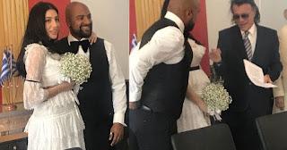 Ο Ηλίας Ψινάκης πάντρεψε τον Ησαΐα Ματιάμπα στο Δημαρχείο Μαραθώνα