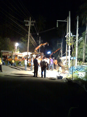 Electricity cables broken, Koh Samui; work at night