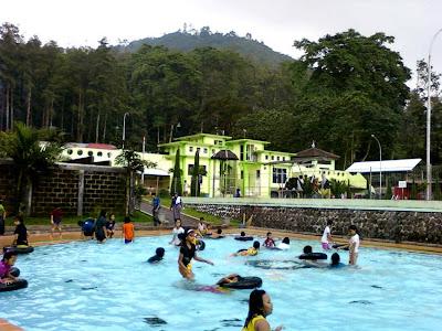 kolam pemandian pacet, http://outboundmalangjatim.blogspot.com/, 085 755 059 965
