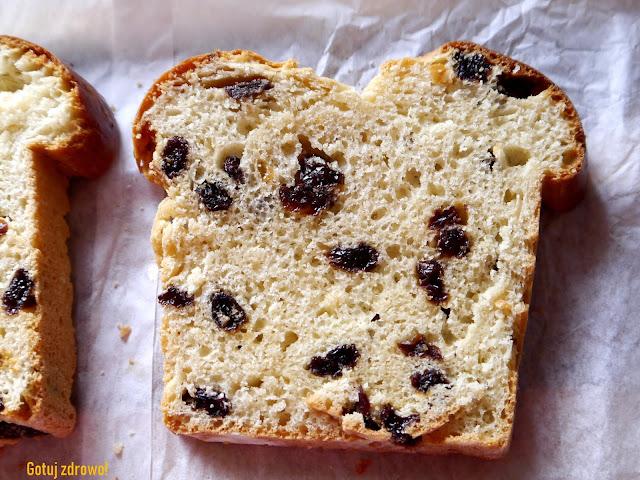 Stuten - niemiecki chlebek z rodzynkami - Czytaj więcej »