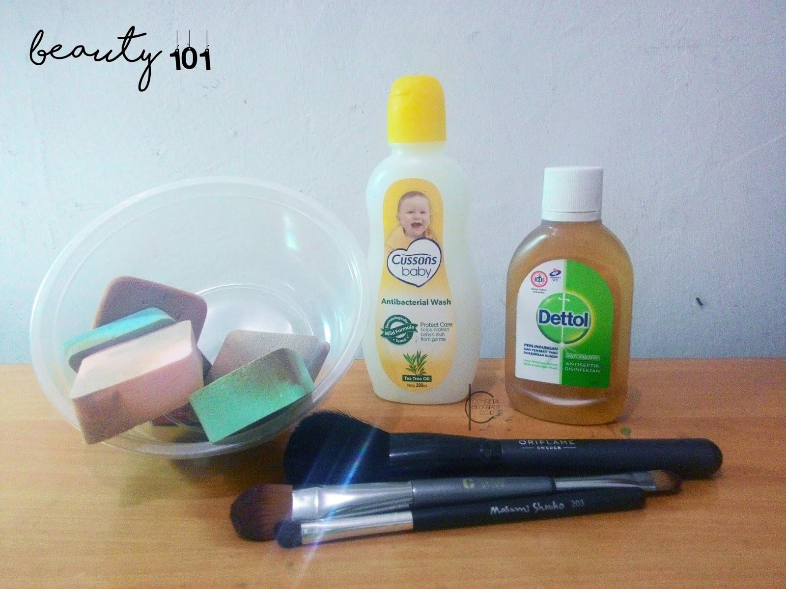 Beauty 101 Membersihkan Spons Dan Kuas Makeup Bagian 1 Christas Lembut Make Up Banyak Gurus Yang Menyarankan Menggunakan Sabun Agar Tidak Merusak Bulu Jadi Saya Prefer Baby