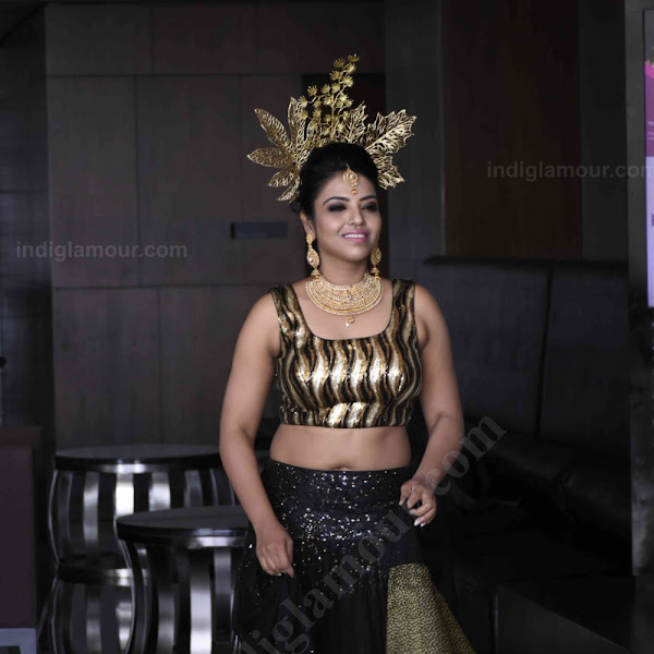 Sasha Gopinath latest hot photos from Kerala Fashion League