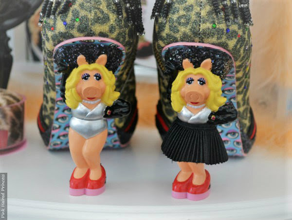 Miss piggy character heels in silver bodysuit no skirt and black skirt