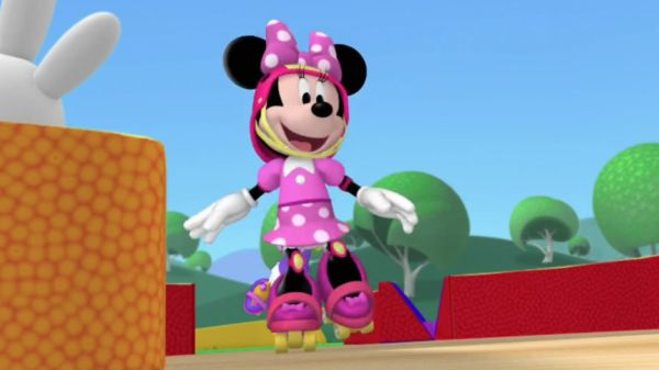 MINNIE: Skating around is lots of fun, we'll disco skate until we're done.