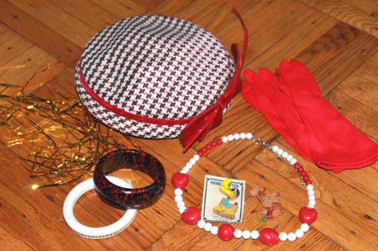 A Vintage Nerd, Vintage Blog, Retro Christmas, Vintage Youtube Videos, Parade's End