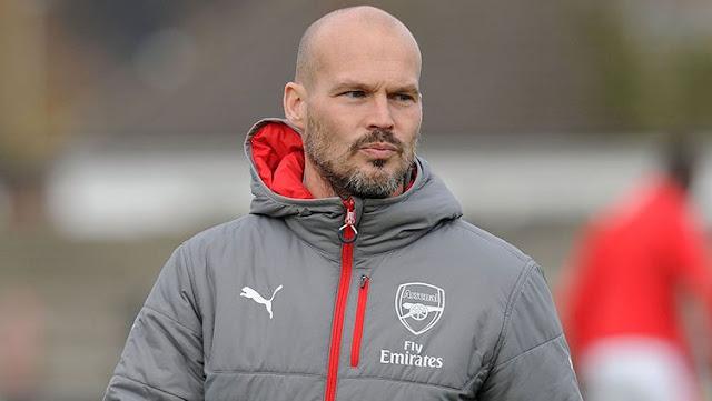 Ljungberg Resmi jadi pelatih Arsenal U-23 oleh Arsenal