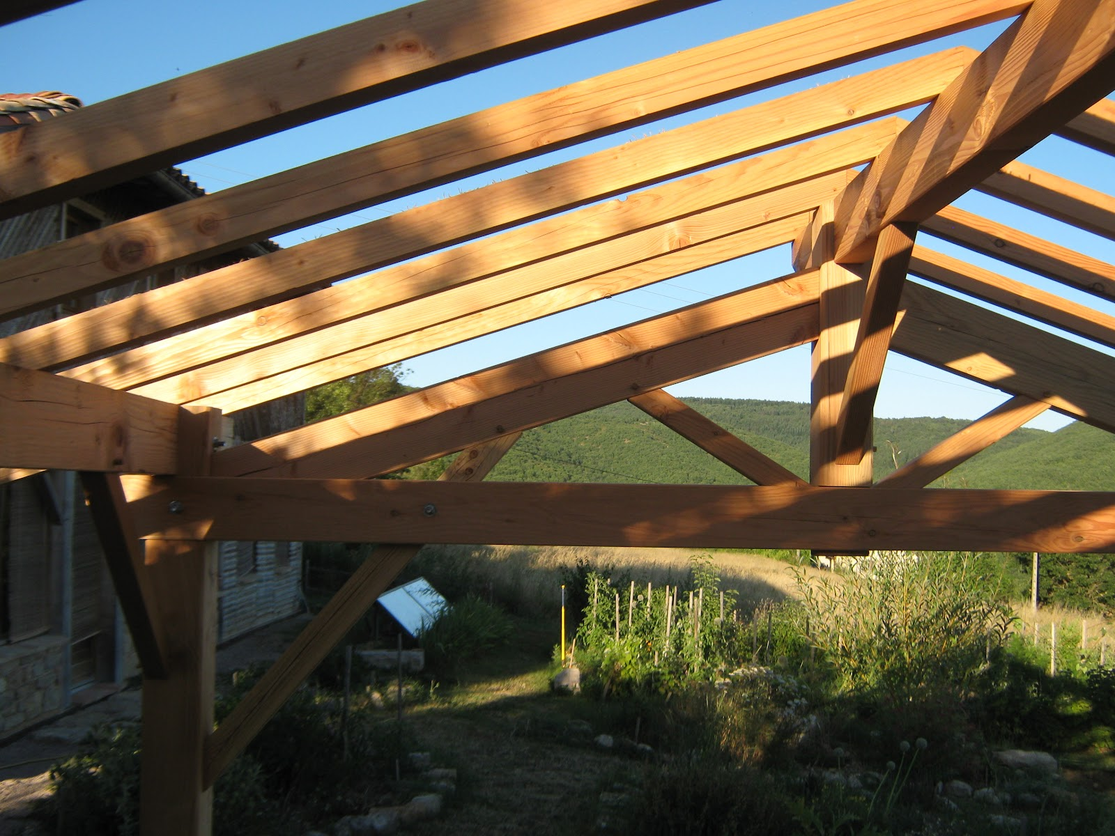 auvent de jardin en bois