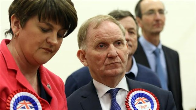 Democratic Unionist Party (DUP) narrowly wins Northern Ireland elections, loses overall majority