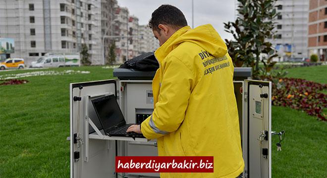 Diyarbakır'da 5 kavşağa sinyalizasyon sistemi kuruldu