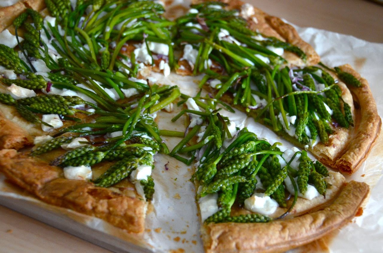 WILD ASPARAGUS AND GOATS CHEESE TARTE