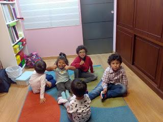 """Algunos de nuestros chicos preparados para recibir terapia musical en """"Estudio Musical"""""""
