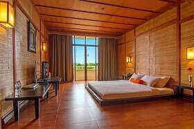 Hotel Harris Waterfront Batam mempunyai kamar balkon
