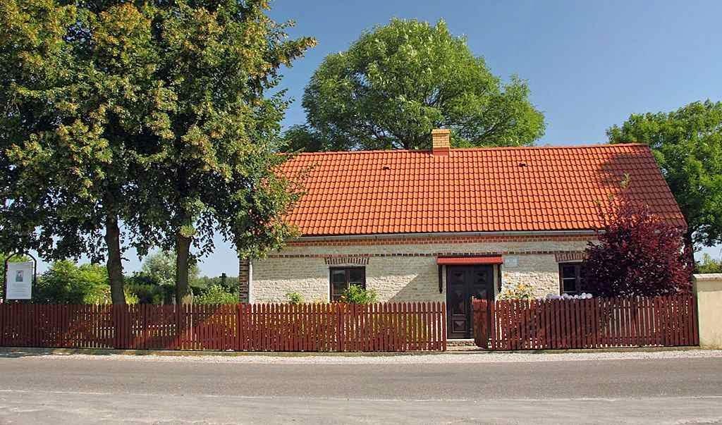 Casa onde nasceu Santa Faustina. Glogowiec, Polônia