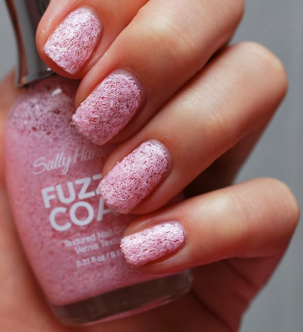 wool lite Fuzzy Coat Texture Nail Paint by Sally Hansen