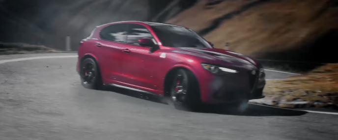 Pubblicità Alfa Romeo pubblicità Stelvio con Foto - Testimonial Spot Pubblicitario Alfa Romeo 2017