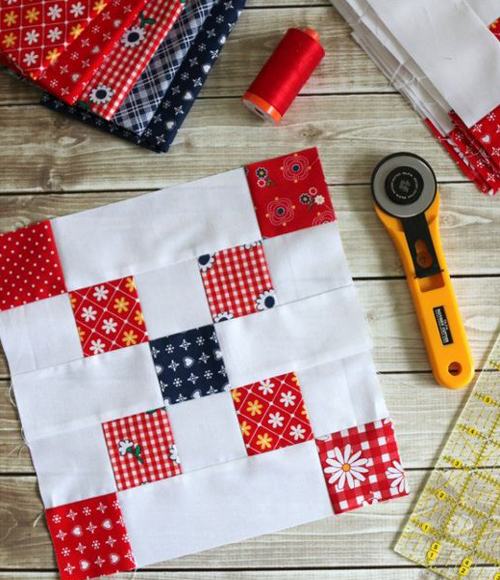 Irish Chain Quilt Block - Tutorial