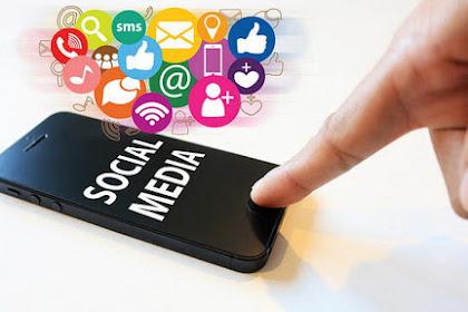 Anda Kalau Tidak Suka Dengan Buatan Orang Kafir Kaya Facebook, Handphone Dll Jangan Dipakai Dong! Nah, Ini Jawaban Islam Buat Nyinyiers