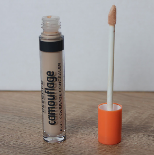 IMG 2015 - Essence Camouflage Full Coverage Concealer