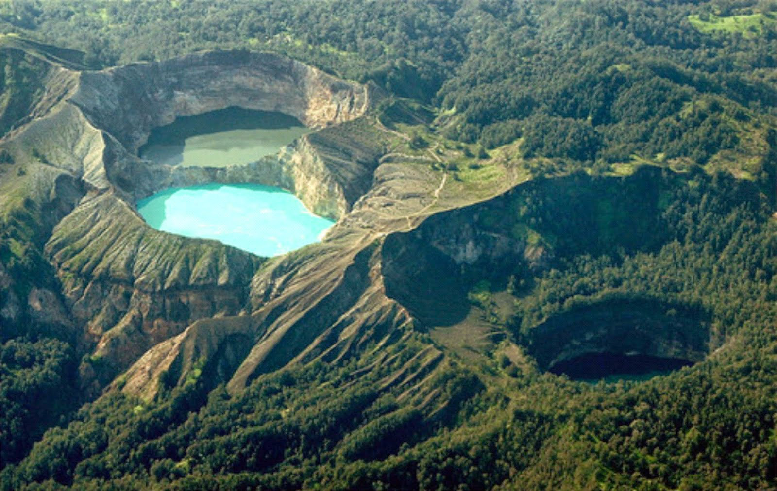 Image result for danau kelimutu
