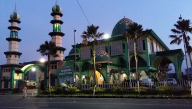 Masjid Agung Alun-Alun Batu Malang Jawa Timur