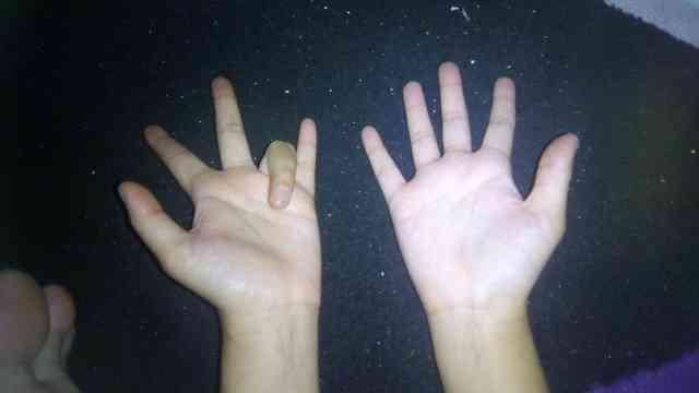 perkalian 9 menggunakan jari