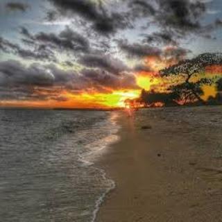 Pantai Kurenai Gorontalo