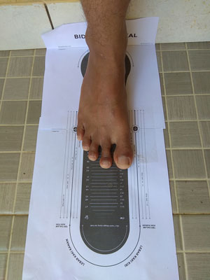 cara mengetahui ukuran sepatu brodo