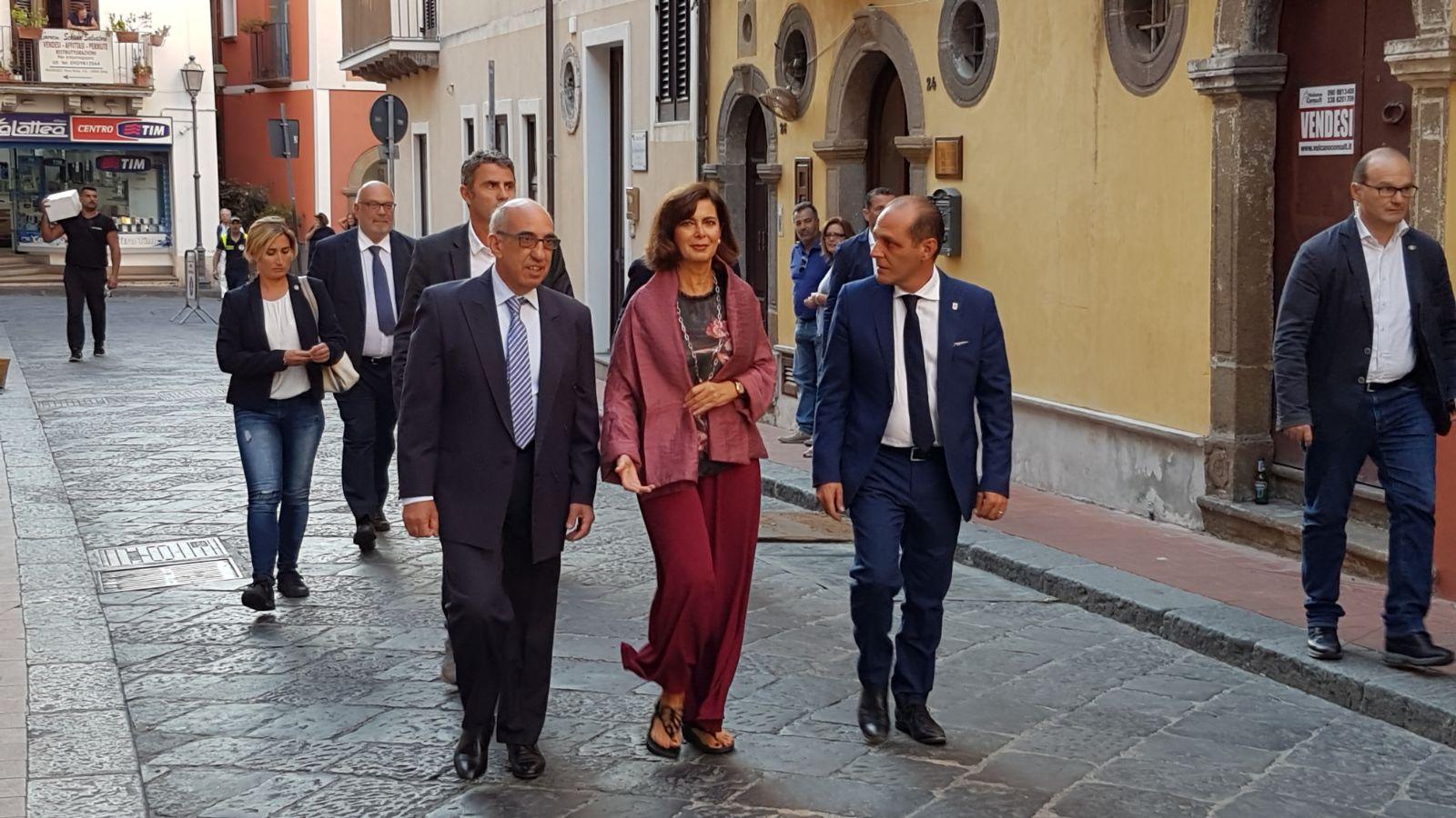 Eolie news presidente della camera boldrini oggi a for Presidente della camera attuale
